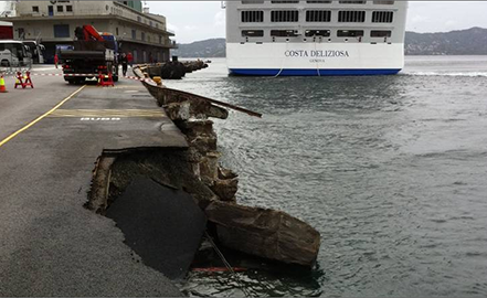 cruise-ship-damages-quay